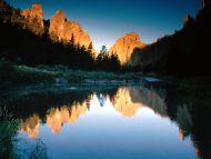 autumn reflections smith rock state park oregon