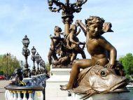 Cherubs Sculptures and Lampposts, Paris