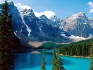 Desktop Wallpapers » Natural Backgrounds » Moraine Lake