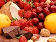 Strawberries with Chocolate Blocks